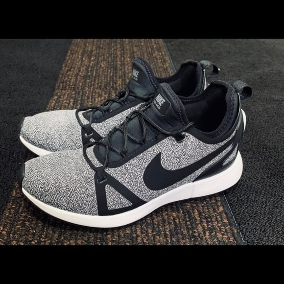 Nike Shoes | Duel Racer Womens Athletic